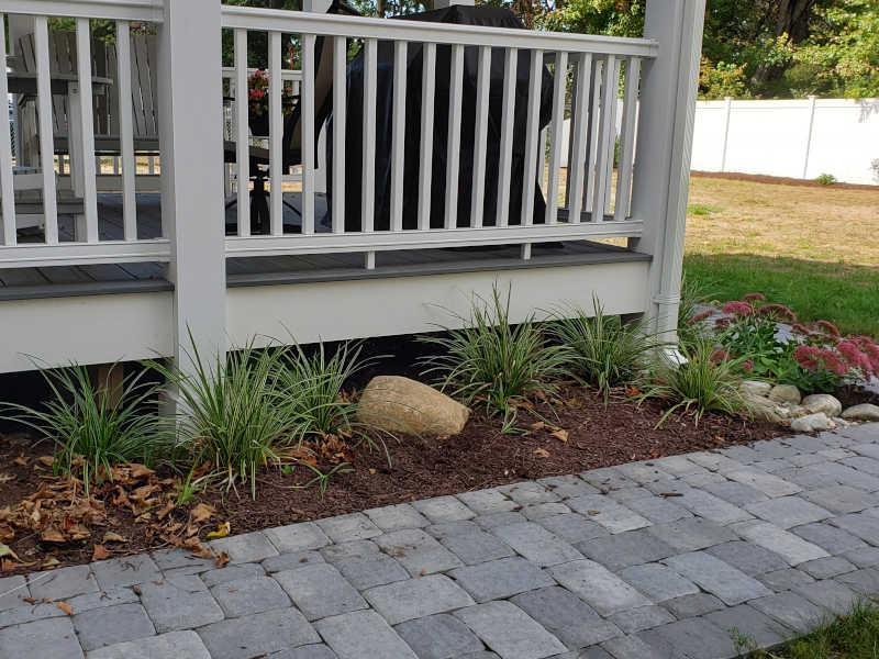 sidewalk by Encore Landscaping